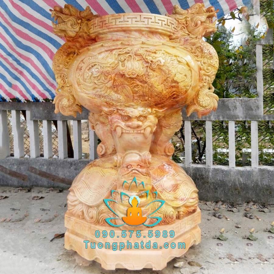 Lư hương đá vàng đứng rùa đẹp