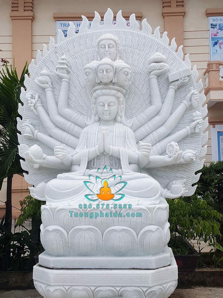 Phật thiên thủ thiên nhãn bằng đá đẹp