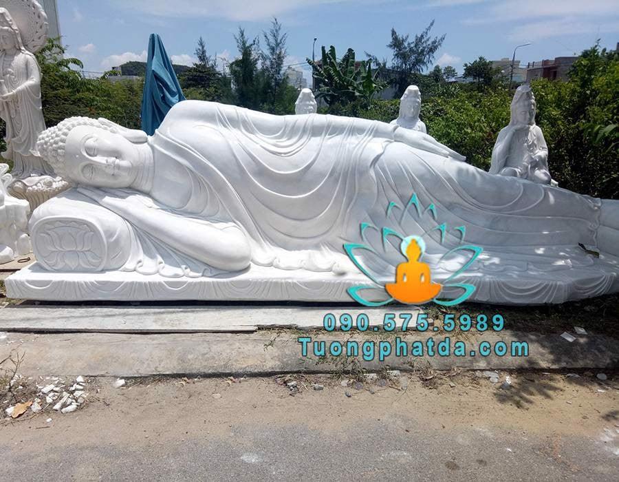 Tượng Đức Phật Nhập Niết Bàn Bằng Đá Cẩm Thạch Nguyên Khối