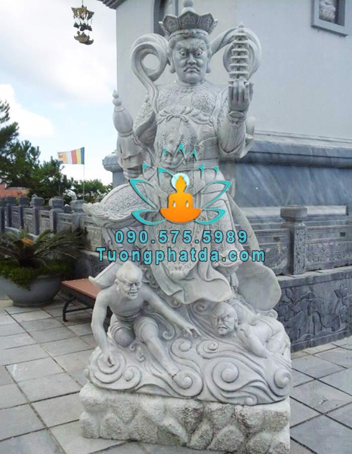 Tuong-phat-tu-dai-thien-vuong-bang-da-non-nuoc (4)