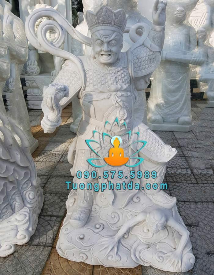 Tuong-tu-dai-kim-cuong-bang-da-dep-non-nuoc (4)