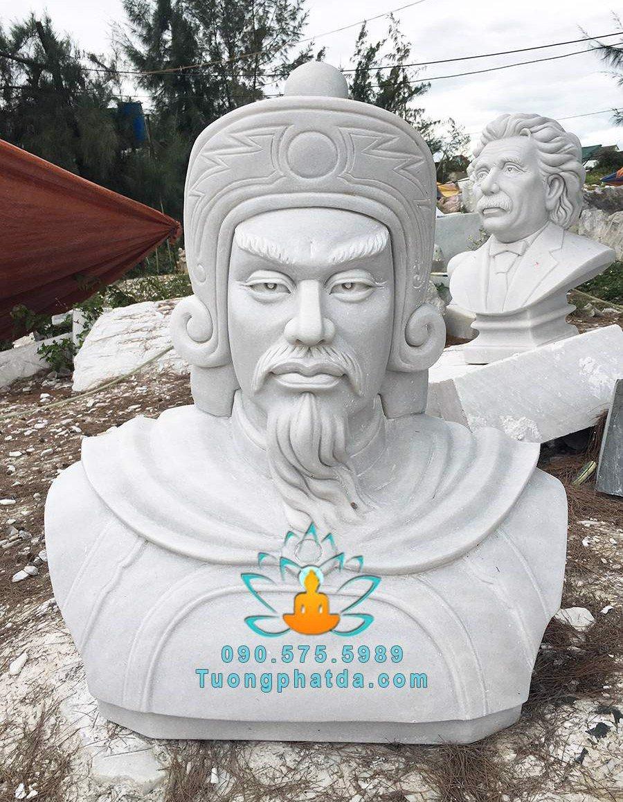 Tuong-vua-quang-trung-nguyen-hue-da-my-nghe-non-nuoc