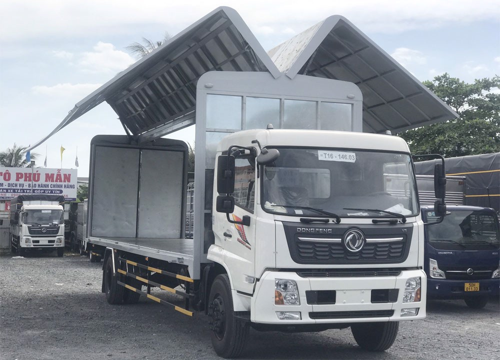 xe tải thùng cánh dơi