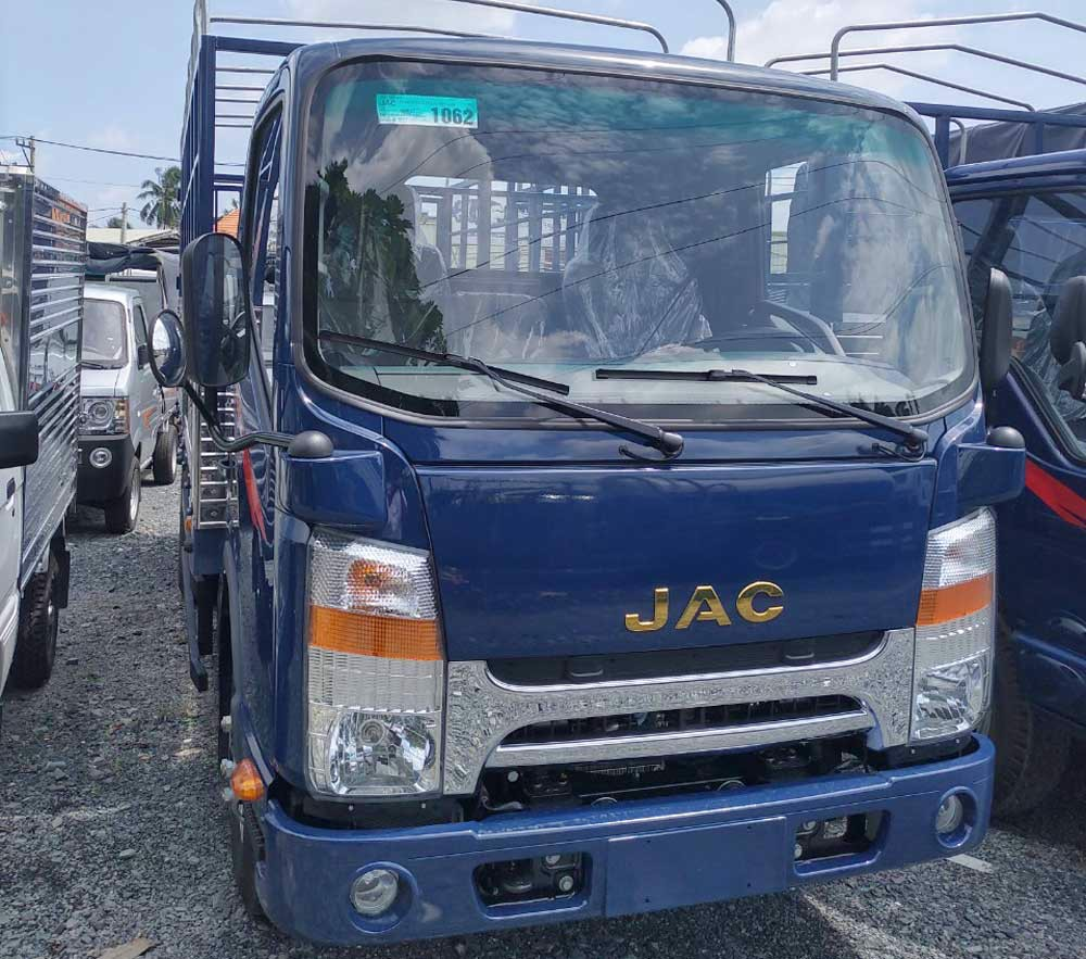 xe tải jac 1t9 thùng 4m3