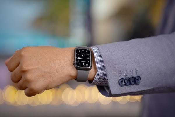 Apple-watch-series-5-lte-40mm-khung-thep-tbh-moi-100-nobox-1