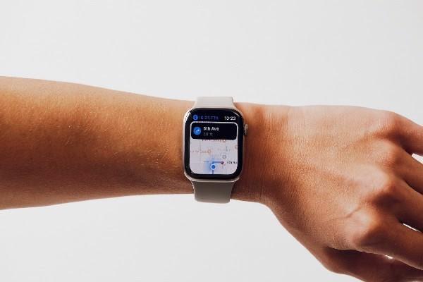 Apple-watch-series-5-lte-44mm-khung-nhom-tbh-moi-100-nobox-2