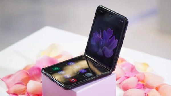 Galaxy-z-flip-moi-100-fullbox-2