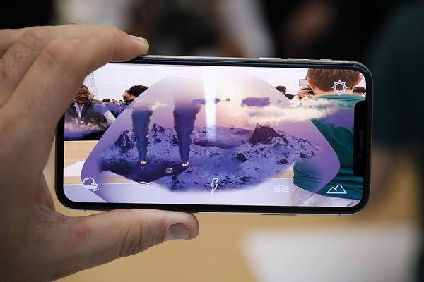 iphone-xs-max-64gb-quoc-te-moi-100-fullbox-tbd-da-active-4
