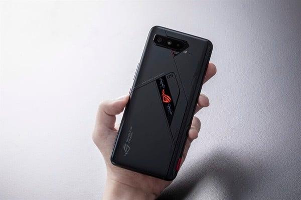 Rog-phone-5-pro-2