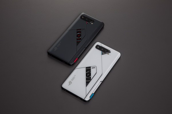 Rog-phone-5-ultimate-1