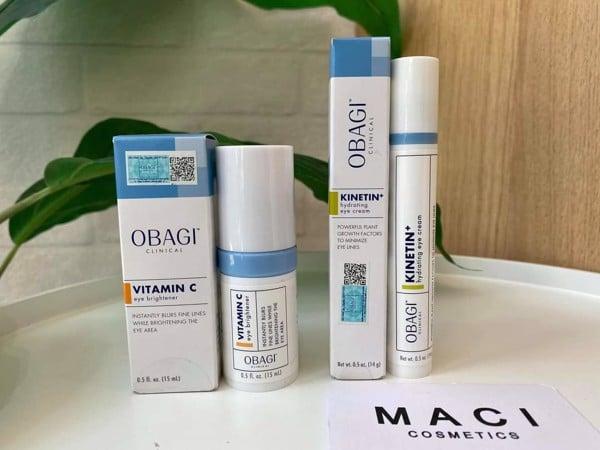 OBAGI CLINICAL Vitamin C Eye Brightener  có khả năng cấp ẩm