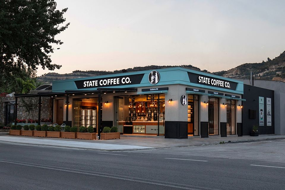 State coffee sử dụng đá nhân tạo himacs LG Hausys G034