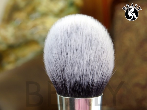 REVIEW CO PHU PHAN XEP LOP BEALY VA REAL TECHNIQUES BRUSHES