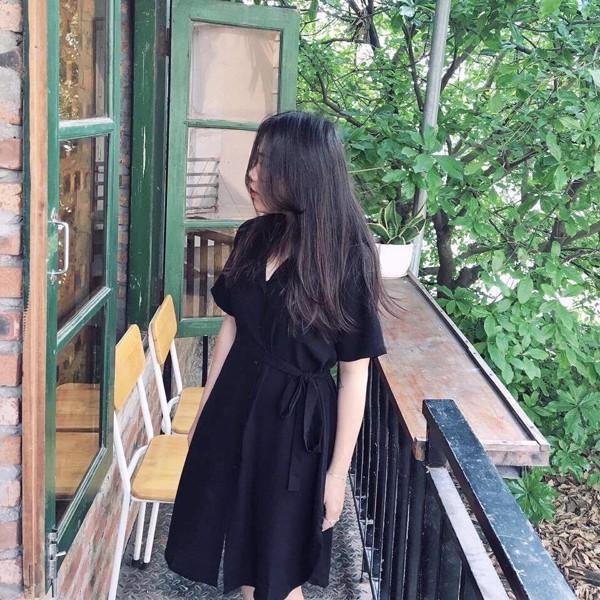 Đầm đen kiểu thắt nơ bên tay ngắn  1