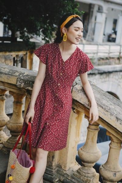 Váy thiết kế voan trang nhã, nhẹ nhàng cho phái đẹp thêm phần gợi cảm