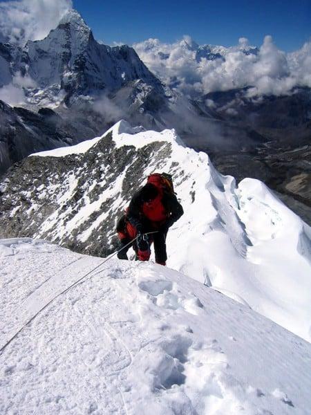 balo leo núi