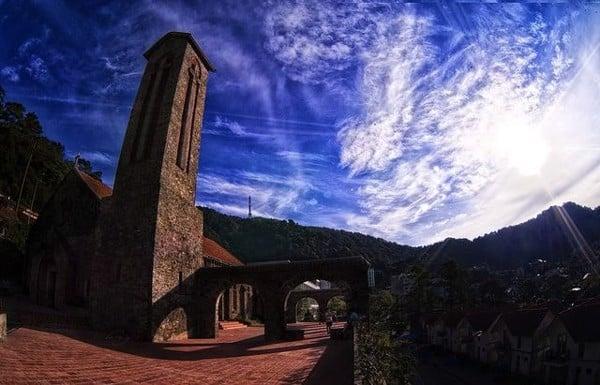 nhà thờ đá tam đảo vĩnh phúc