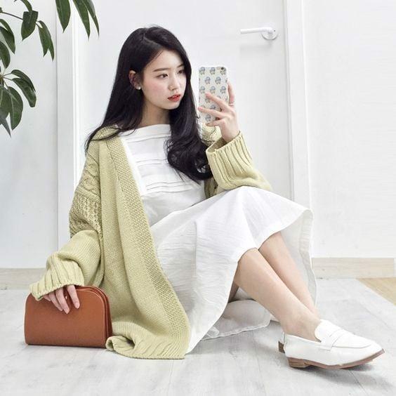 váy maxi cùng áo len dài