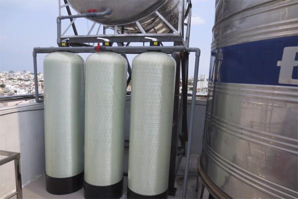 Lắp máy lọc nước tổng đầu nguồn