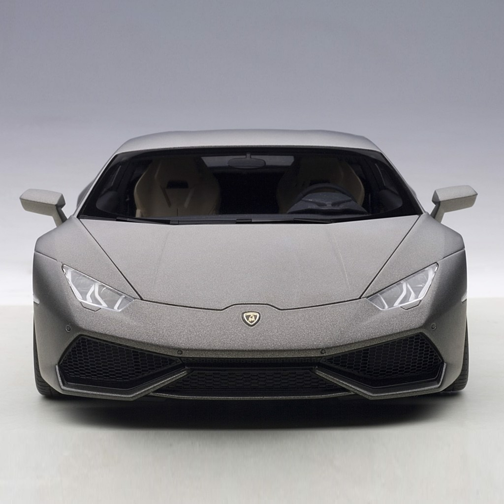 Mô hình xe Lamborghini Huracan LP610-4 Matte Black 1:18 Autoart giá tốt nhất việt nam