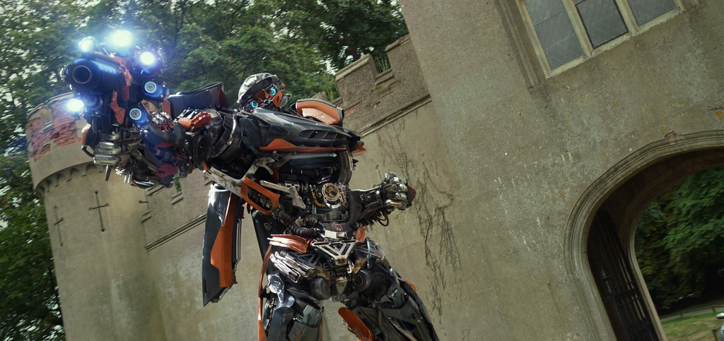 Lamborghini Centenario trong phim Transformers: Chiến binh cuối cùng
