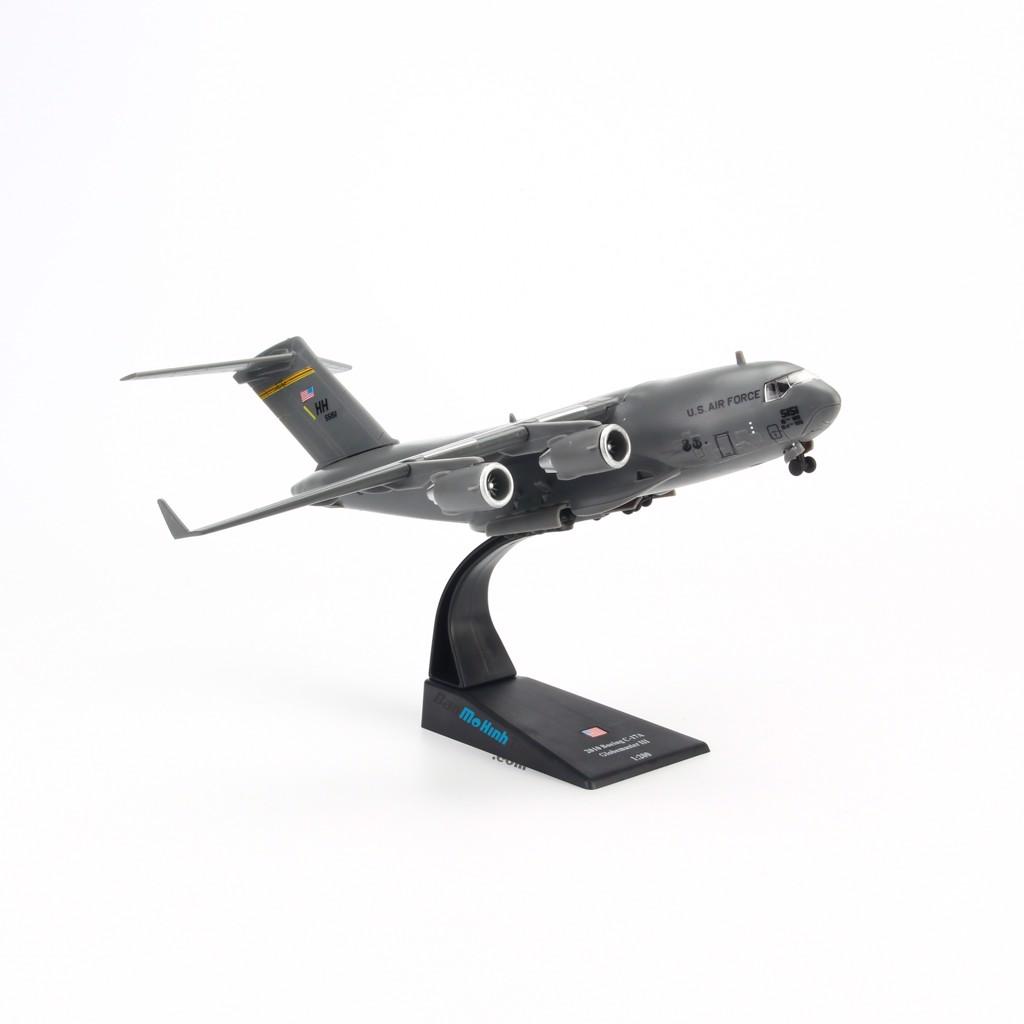 Mô hình máy bay quân sự C-17 Globemaster III 1:200 Amer