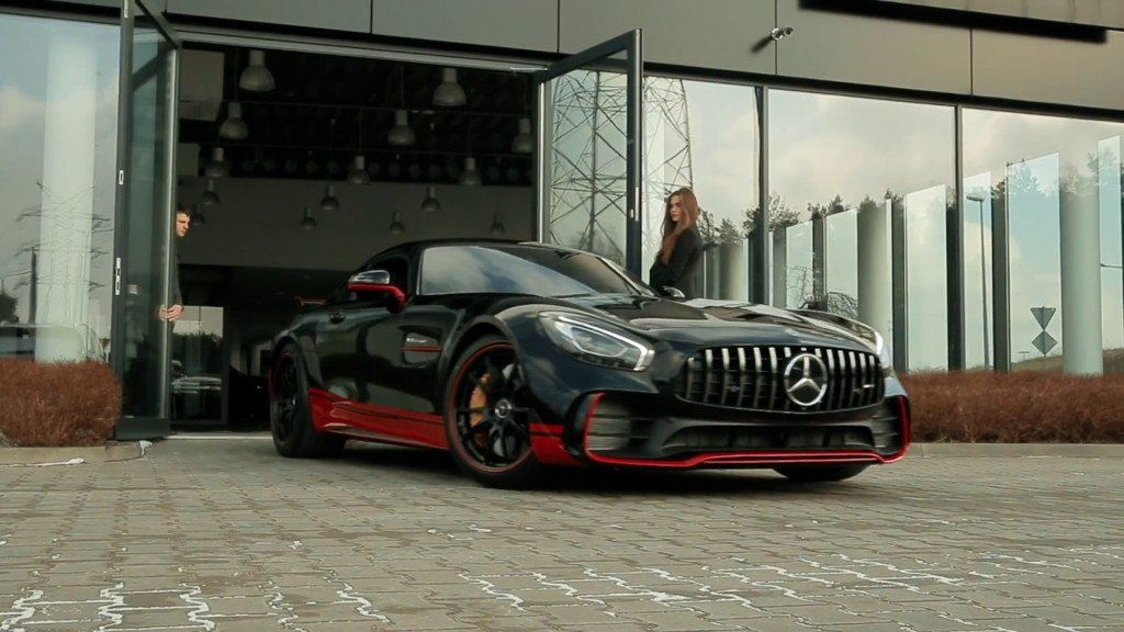 Mercedes-AMG GT R  in Transformers: The Last Knight,