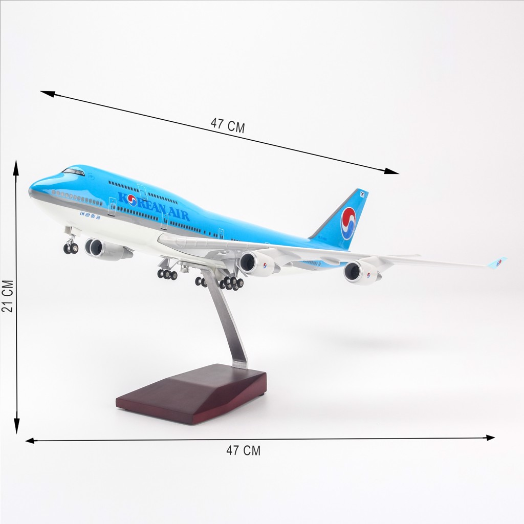 Mô hình máy bay lắp ráp có đèn led Korean Air Boeing B747 47cm Everfly