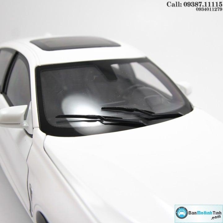 BMW X6 M WHITE 1:18 NOREV