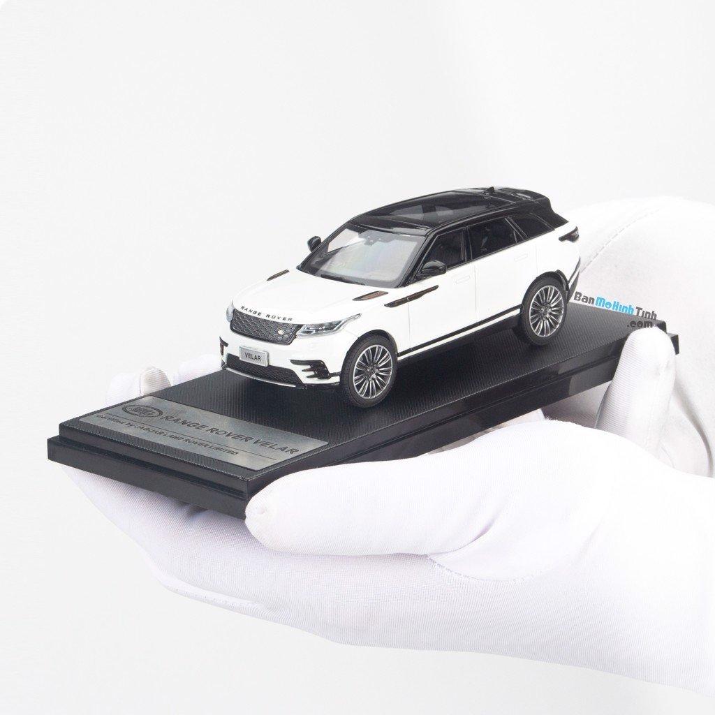 Mô hình xe Land Rover Range Rover Velar White 1:43 LCD