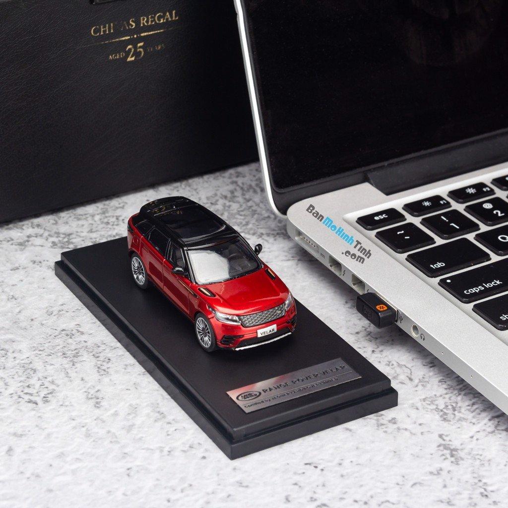 Mô hình xe suv Land Rover Velar 1:64 LCD Red