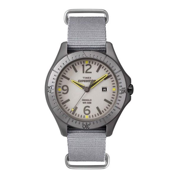 """Đồng hồ Timex T49931 giúp bạn """"ghi điểm"""" trong mắt người đối diện"""