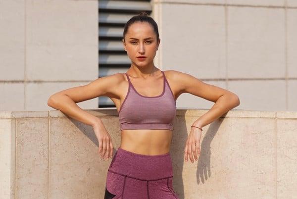 ao-bra-tap-yoga