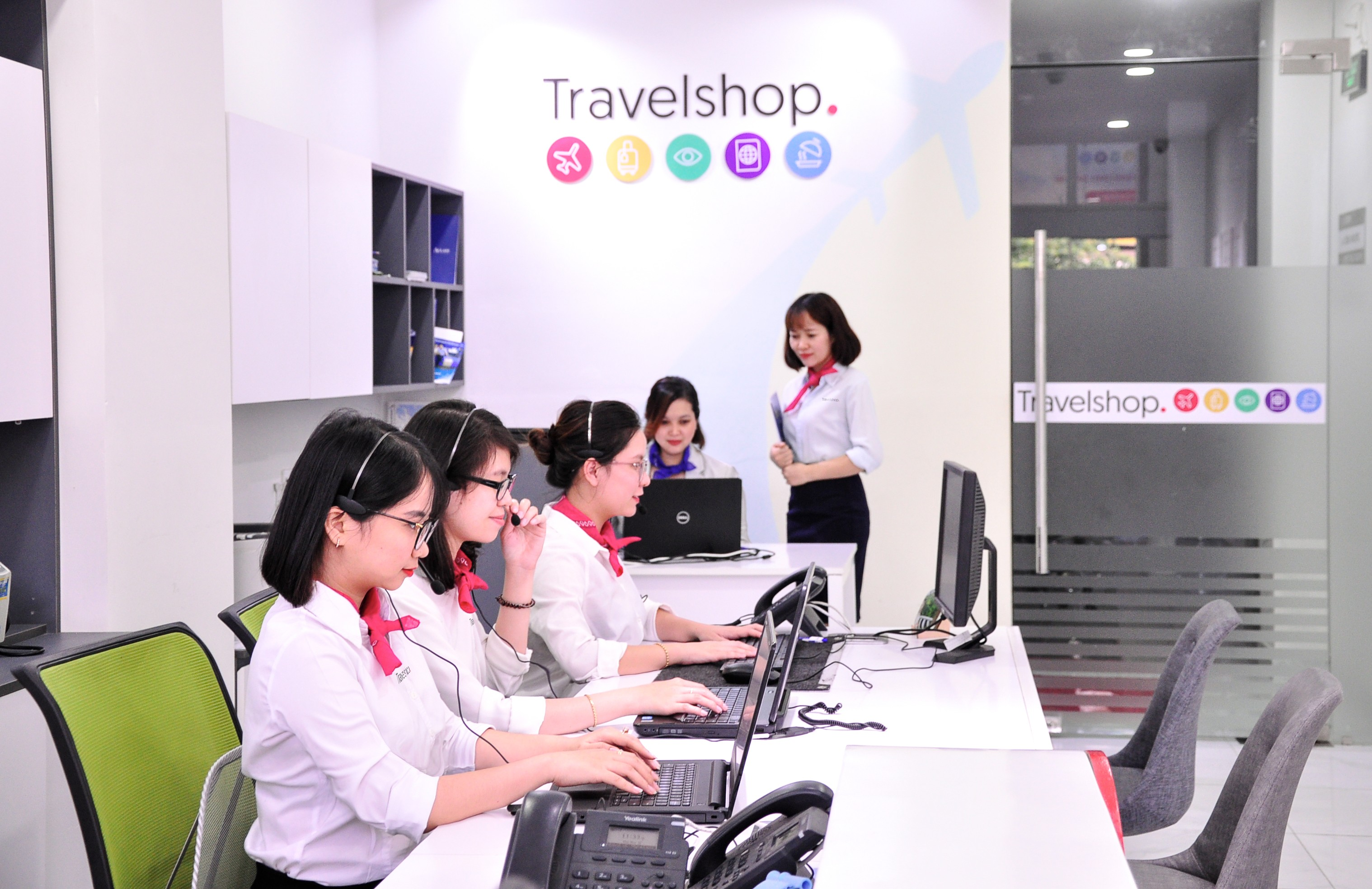 Team Travelshop.vn