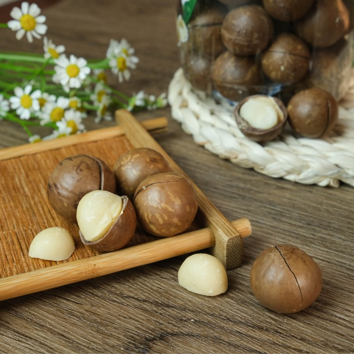 Hộp Hạt Macca Úc nứt vỏ nướng Smile Nuts