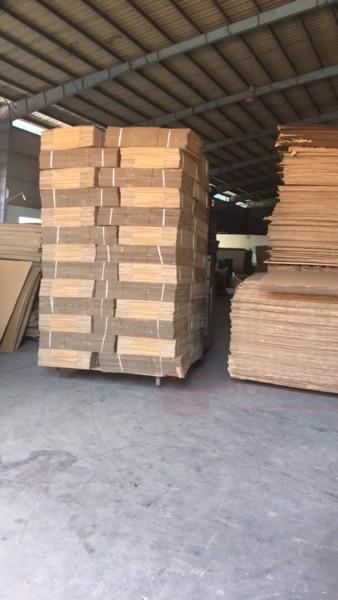 Xưởng sản xuất mua thùng hộp giấy carton có sẵn ở đâu tại Quận 1