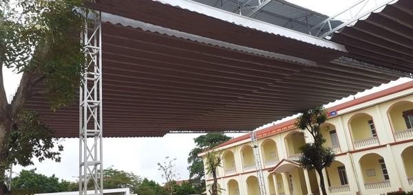 lắp mái xếp trường học