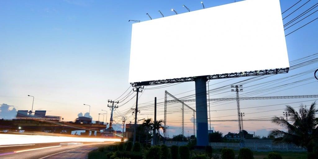 Tại sao chọn quảng cáo Billboard? Ưu điểm và nhược điểm – Chiêu Dương Media