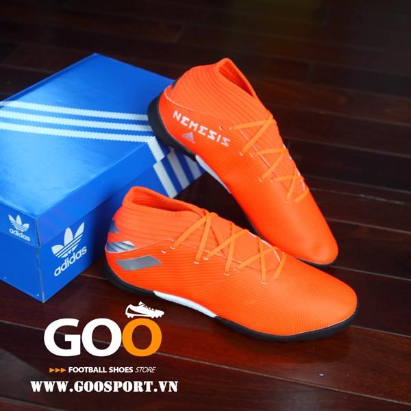 giày đá bóng nemeziz