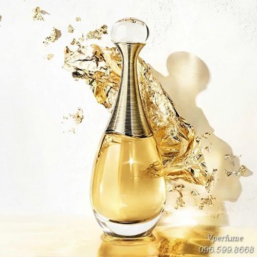 Thiết kế chai nước hoa nữDior J
