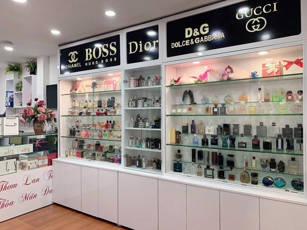 Shop nước hoa uy tín bán Viktor & Rolf Flowerbomb EDP