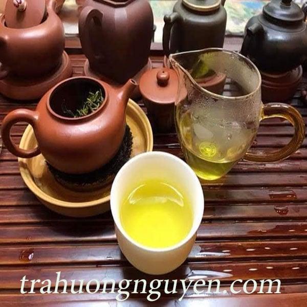 Tại sao nước trà Thái Nguyên lại bị đổi màu theo thời gian?