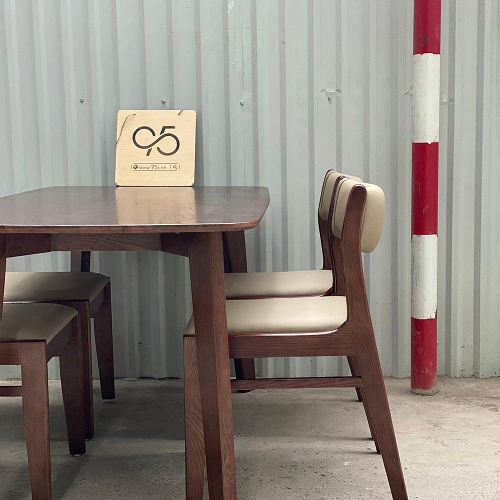 bộ-bàn-ăn-howard-gỗ-4-ghế-bọc-da-bella-hà-nội