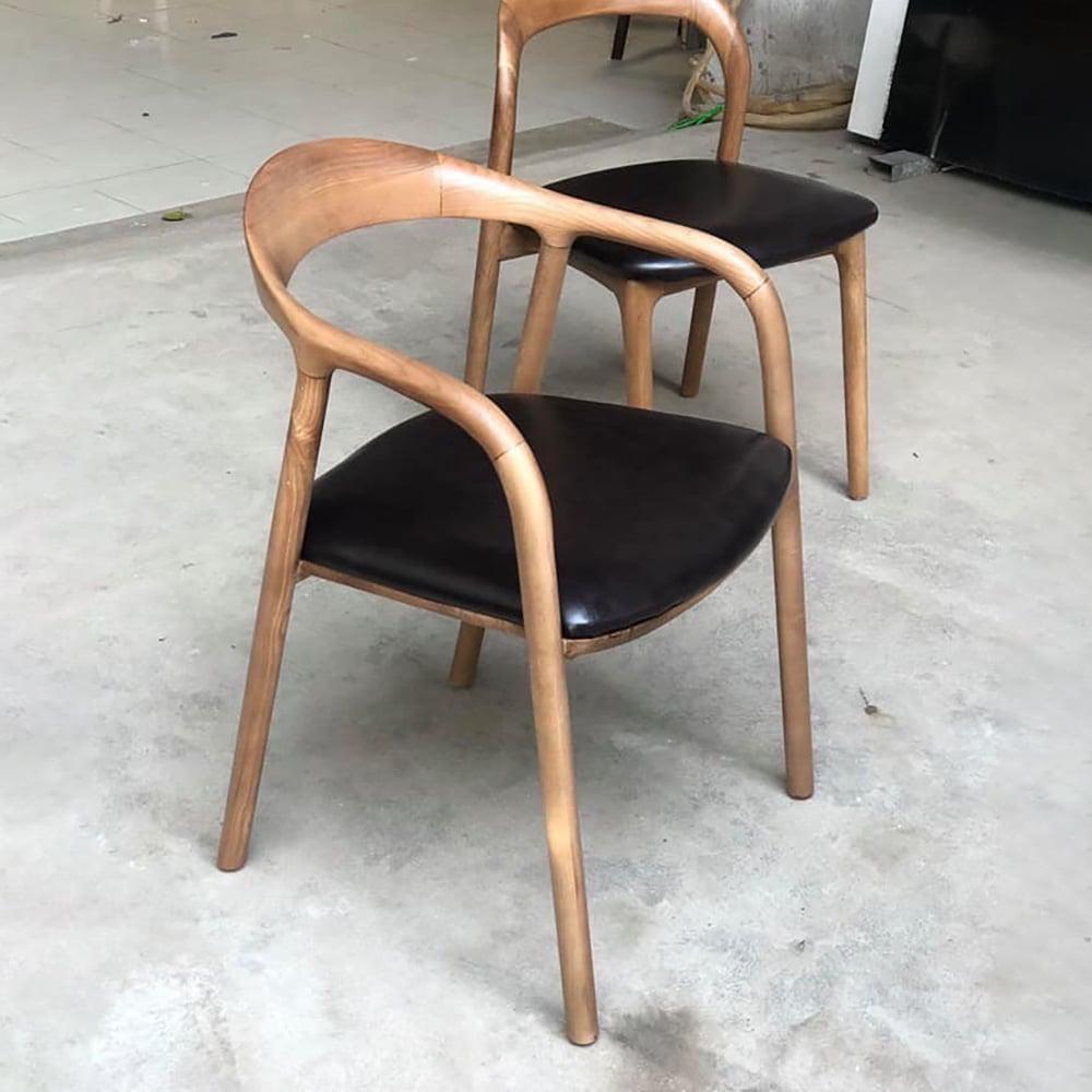 Ghế-ăn-ghế-cafe-gỗ-mặt-nệm-neva-có-tay
