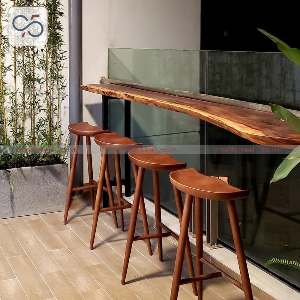 Ghế-quầy-bar-bàn-đảo-bếp-gỗ-Taburet-3-chân-hà-nội