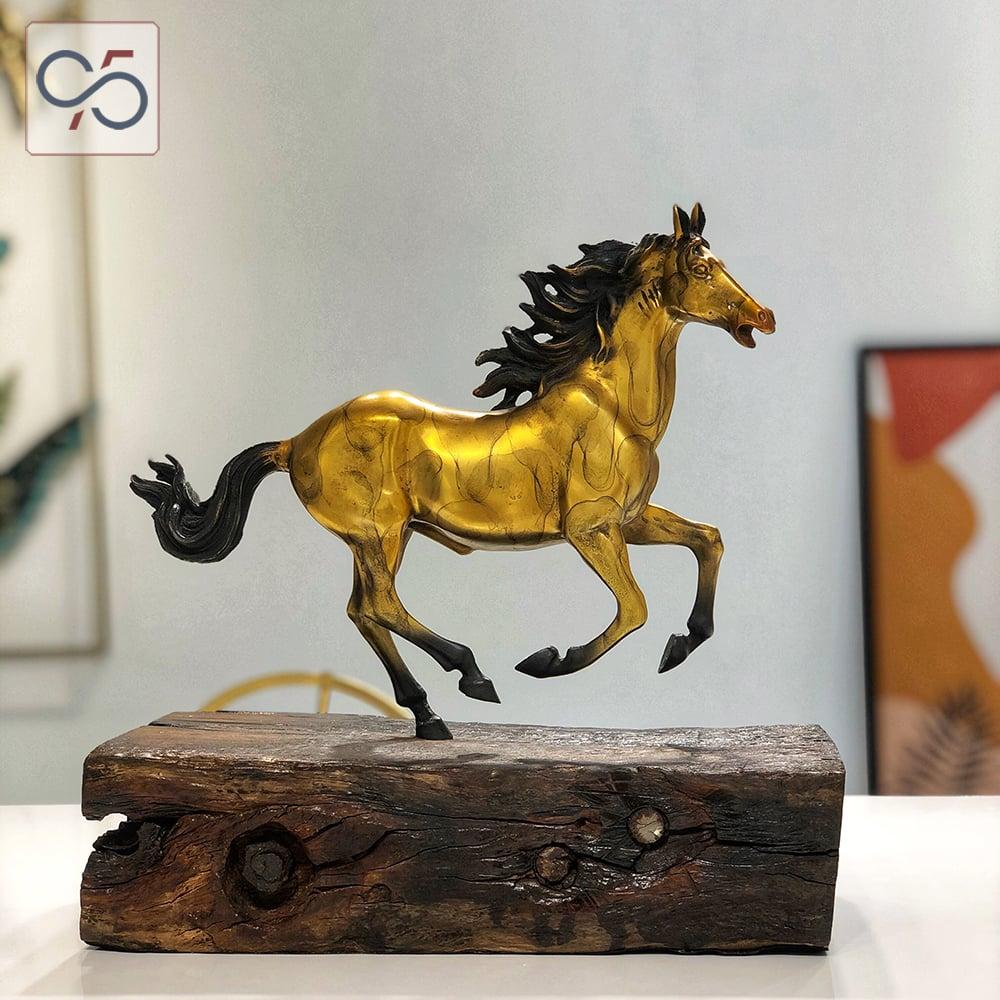 Quà-tặng-tượng-đồng-ngựa-mã-đáo-thành-công