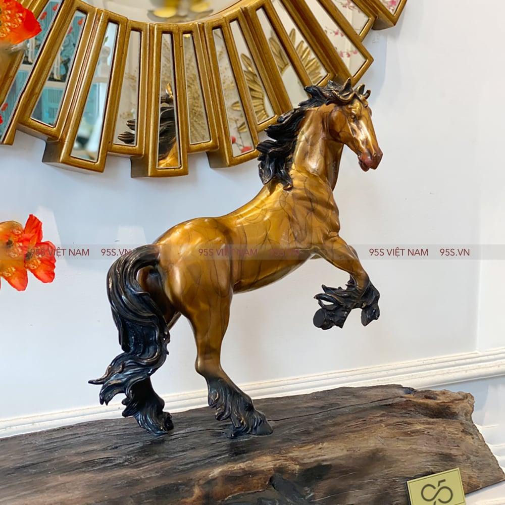Tượng-Nhất-Mã-Ngựa-Hí-Bằng-Đồng-decor-phong-thuỷ-hà-nội