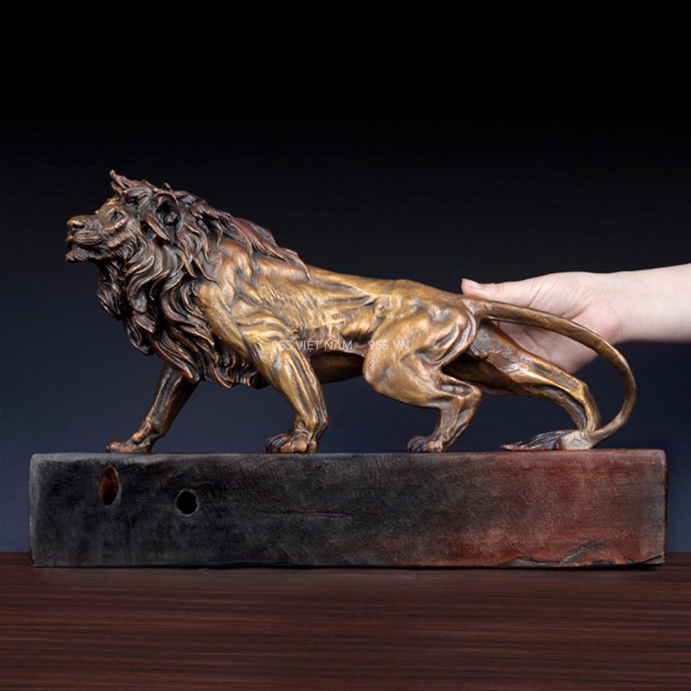 Tượng-sư-tử-phong-thuỷ-bằng-đồng