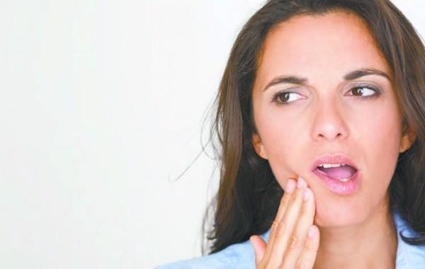 cảm giác đau buốt sau khi lấy cao răng 1