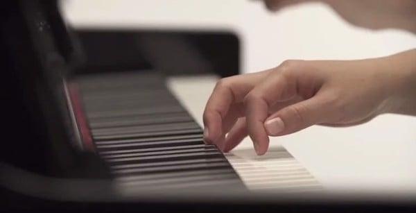 Bàn phím Yamaha CLP-535